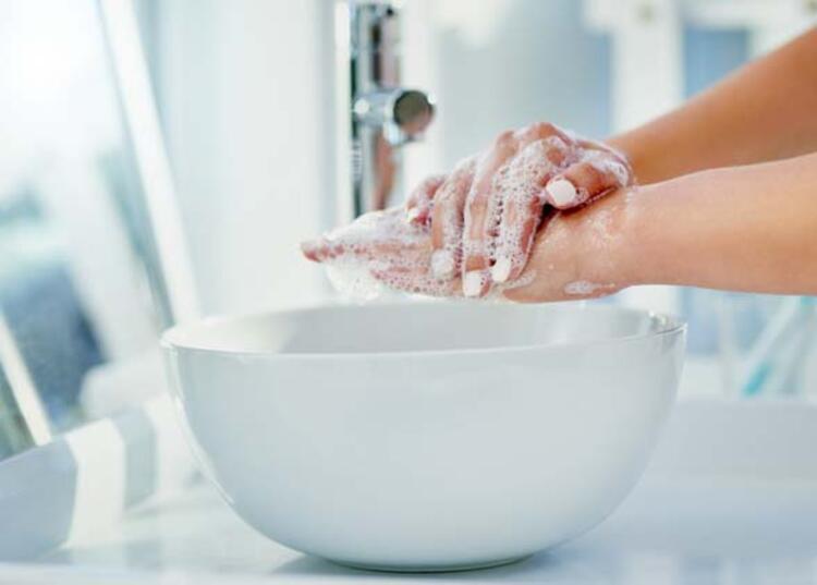Su ve sabunla temizleyin