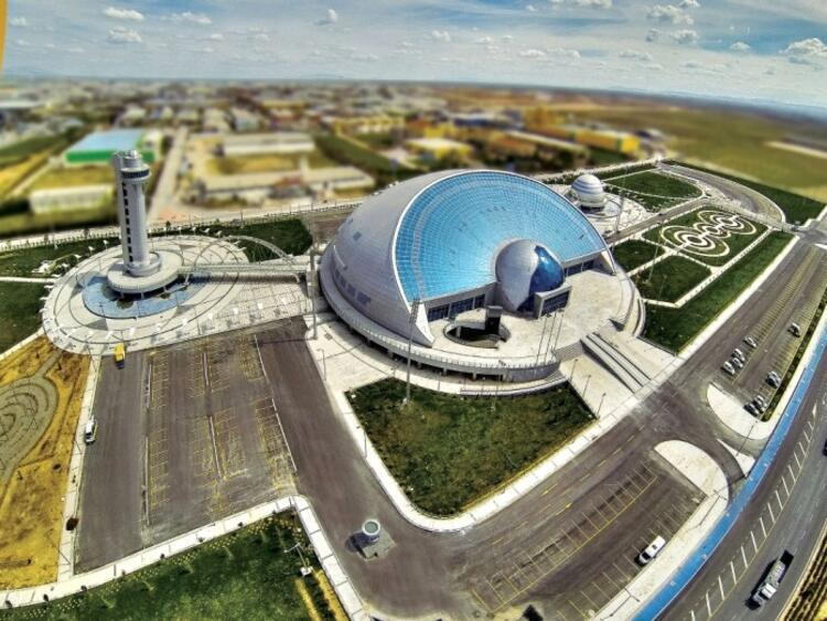 Bilimin dünyasında yolculuk: TÜBİTAK Konya Bilim Merkezi / Konya