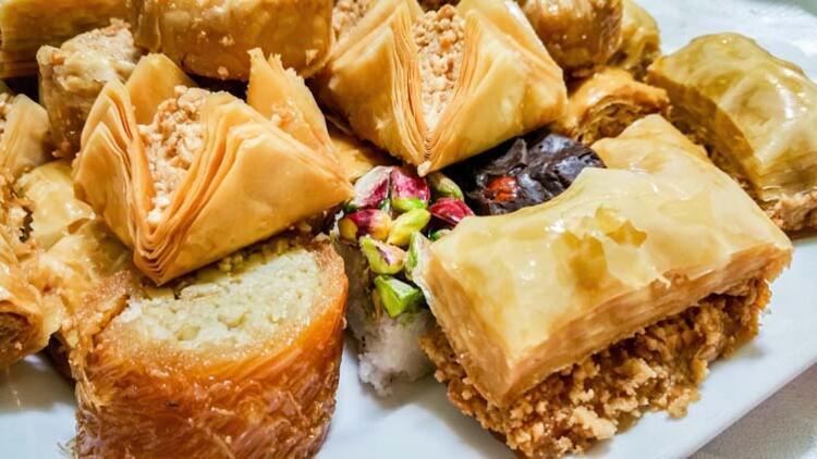 Unlu şekerli gıdalar ve tüm tatlılardan uzak durun