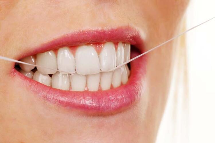 4- Diş İpi Kullanın: