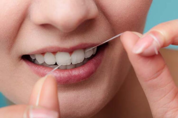 10- 6 Ayda Bir Diş Hekimi Ziyaret Edilmelidir: