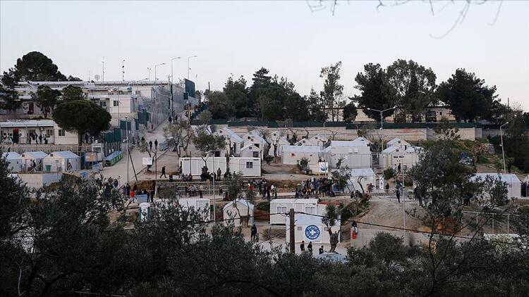 Yunan yetkililerden sığınmacılara sert taktikler