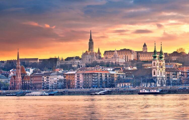 9- Budapeşte / Macaristan