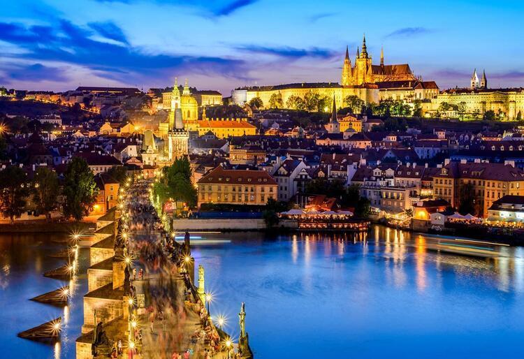 5- Prag / Çekya