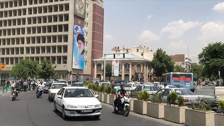 İranda Kovid-19dan ölenlerin sayısı 8 bin 425e yükseldi