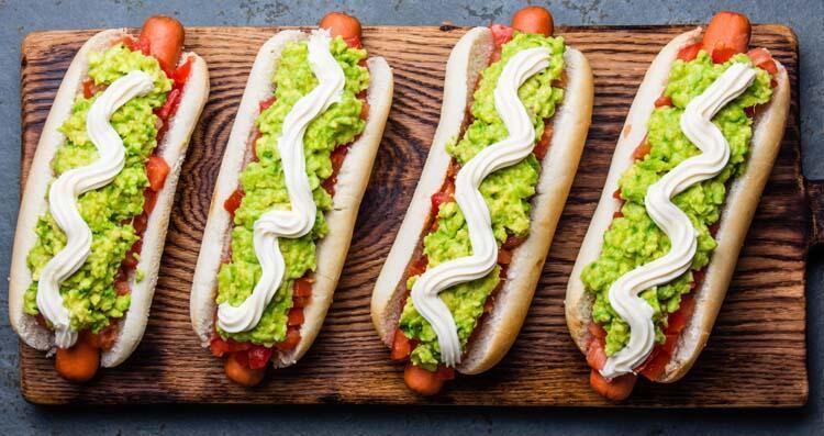 6- Sosisli sandviç: