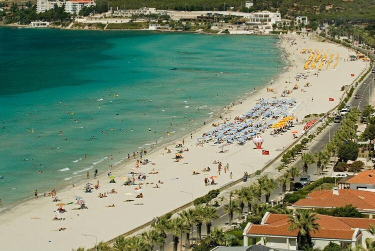 Çeşme Belediyesi Ilıca Halk Plajı