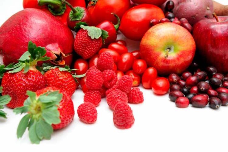 Kırmızı meyveler: