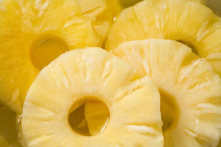 Gün içinde 2 dilim ananas