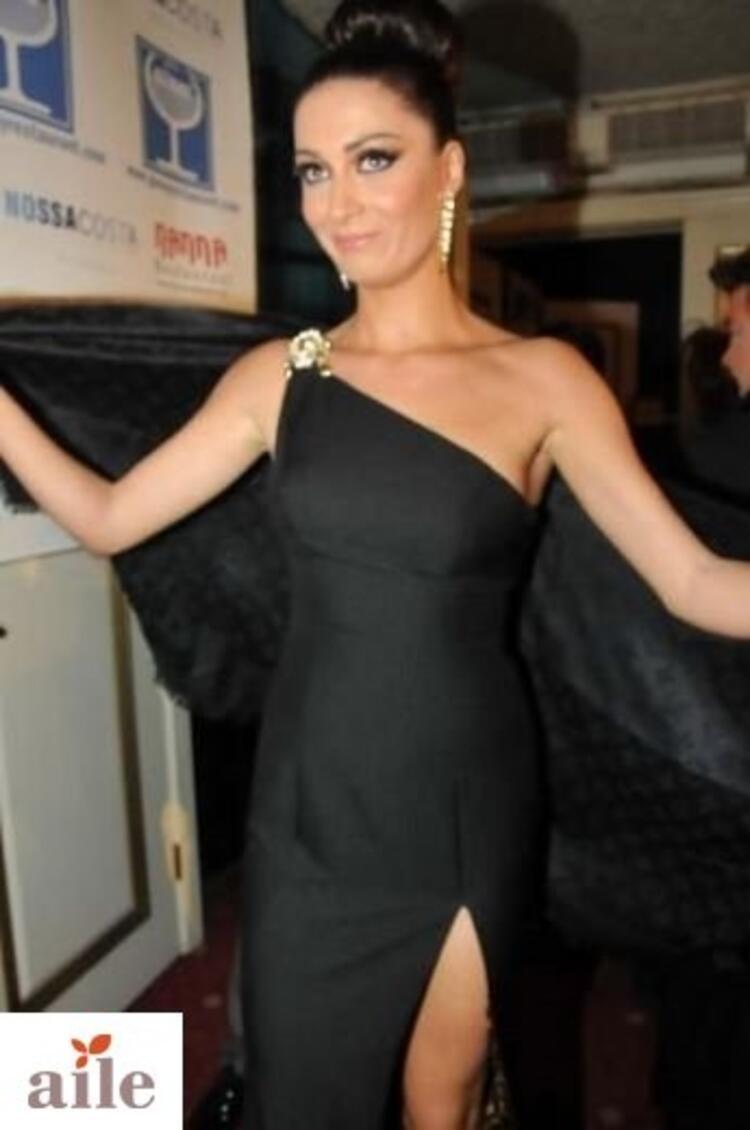 Cenk Koray Ekran Ödüllerine katılan ünlüler