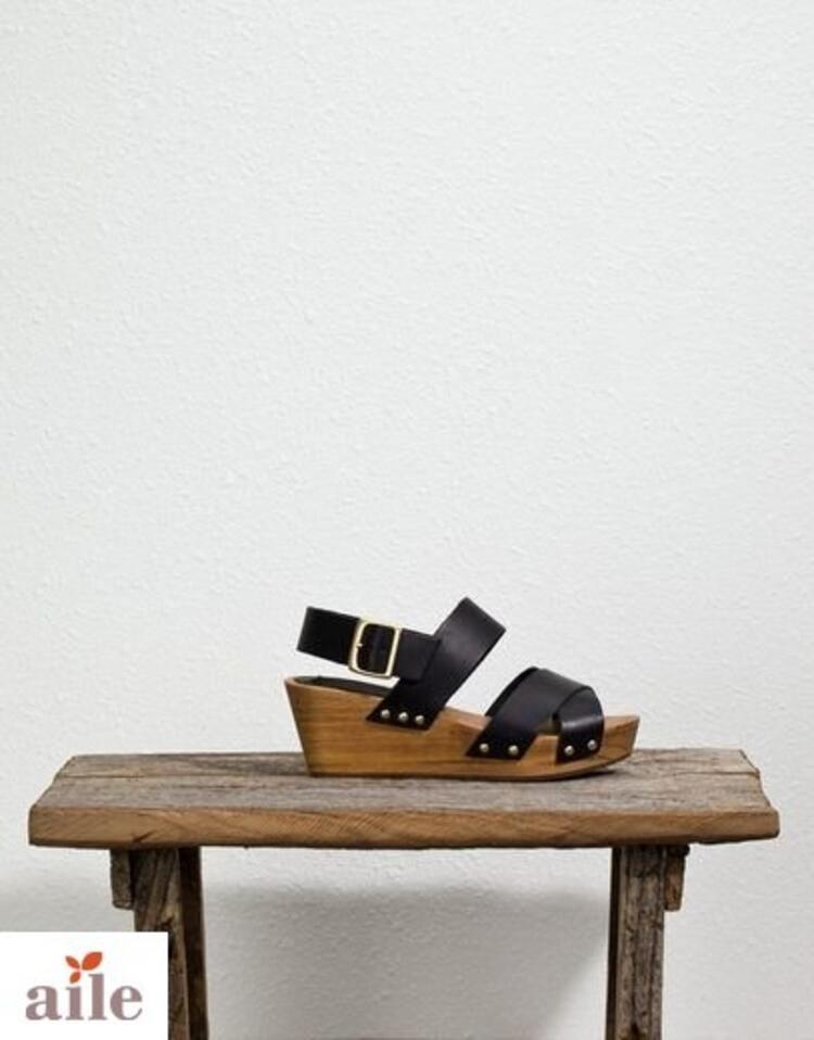 Pull and Bear 2012 ilkbahar - yaz ayakkabı ve çanta koleksiyonu
