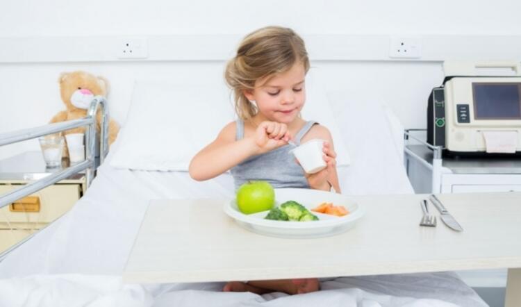 Hata: Zor sindirilen gıdalarla beslemek