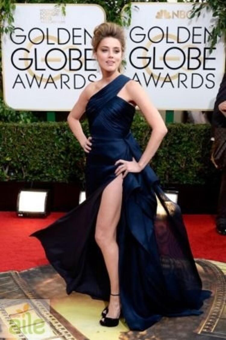 Amber Heard Atelier Versace elbisesiyle