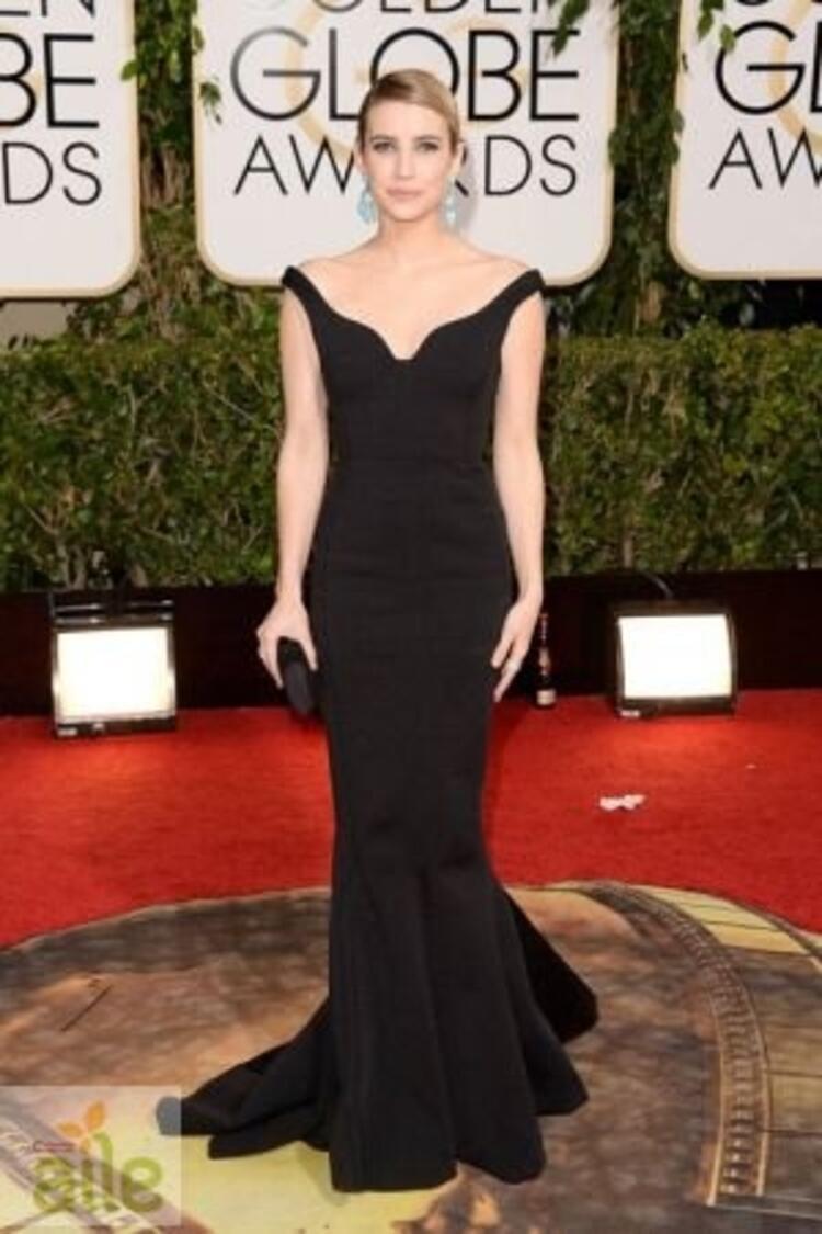 Emma Roberts Lanvin elbisesiyle