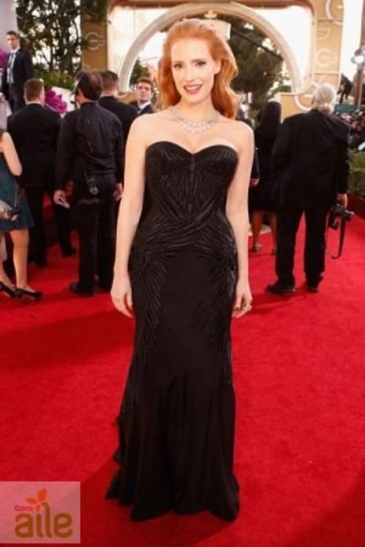 Jessica Chastain Givenchy elbisesiyle