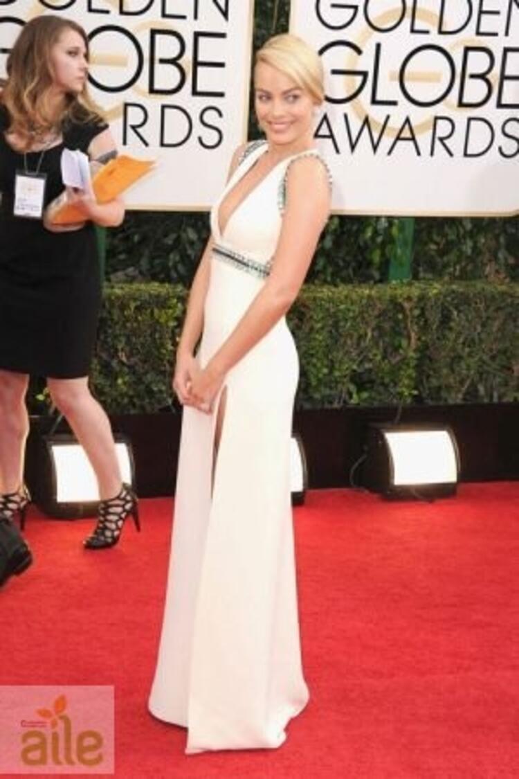 Margot Robbie Gucci elbisesiyle
