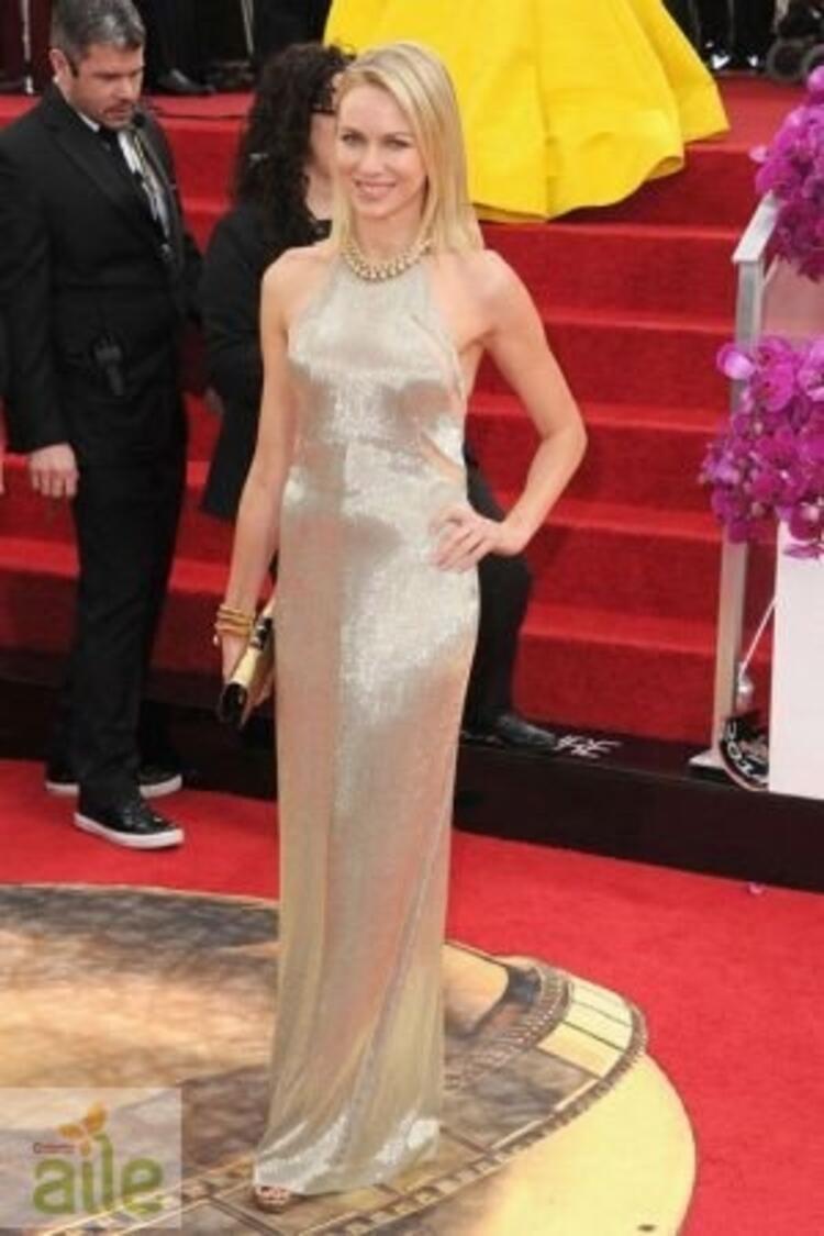Naomi Watts Tom Ford elbisesiyle