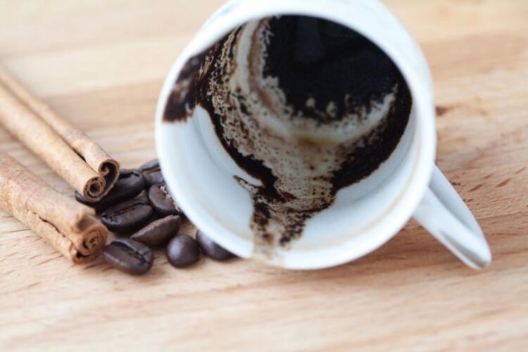 Türk kahvesinin telvesini boşa harcamayın