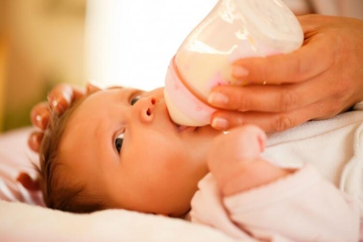 İlk 6 ay inek sütü yok