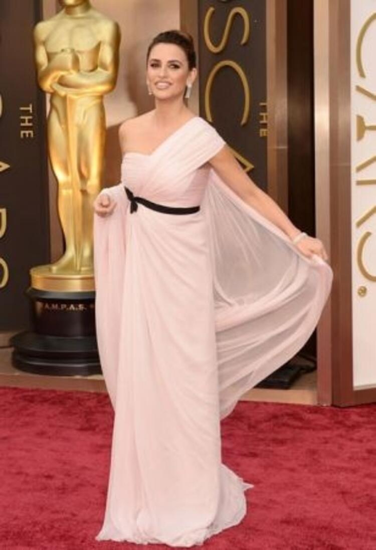 Penelope Cruz-GiambattistaValli