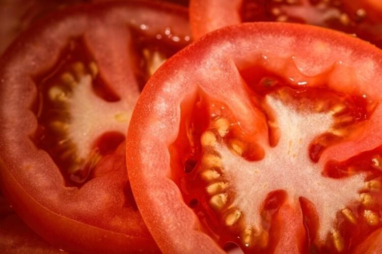Kırmızı besinler ile bağışıklık sisteminizi yükseltin
