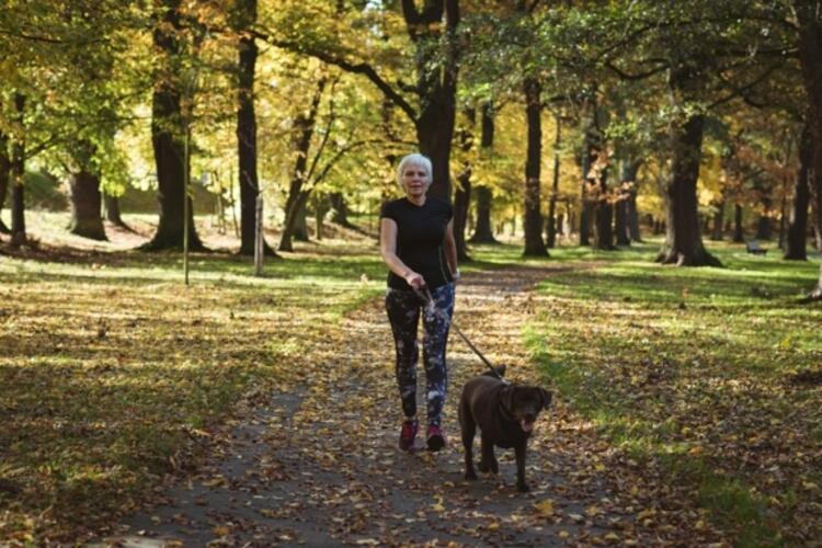 Düzenli ve tempolu yürüyün