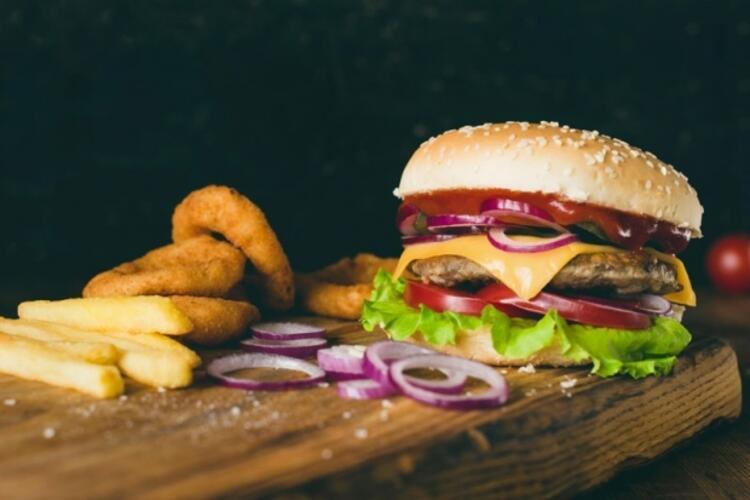 Fast- food besinlerden kaçının