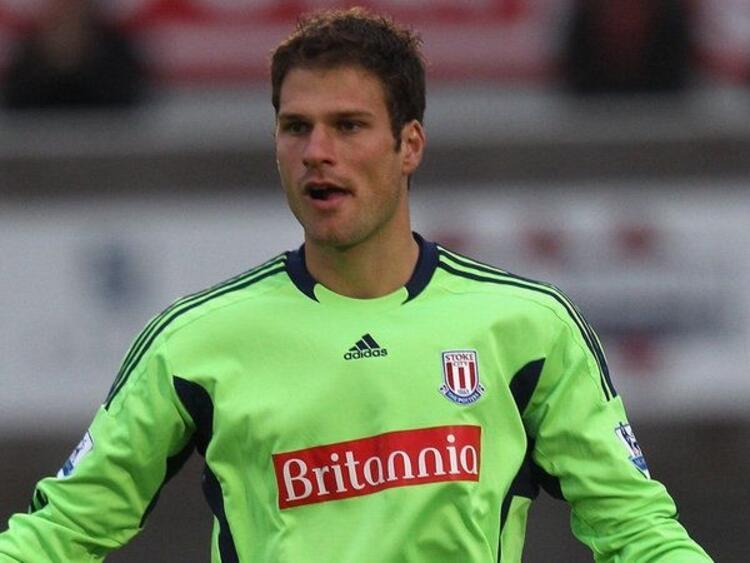 Asmir Begovic-Bosna Hersek