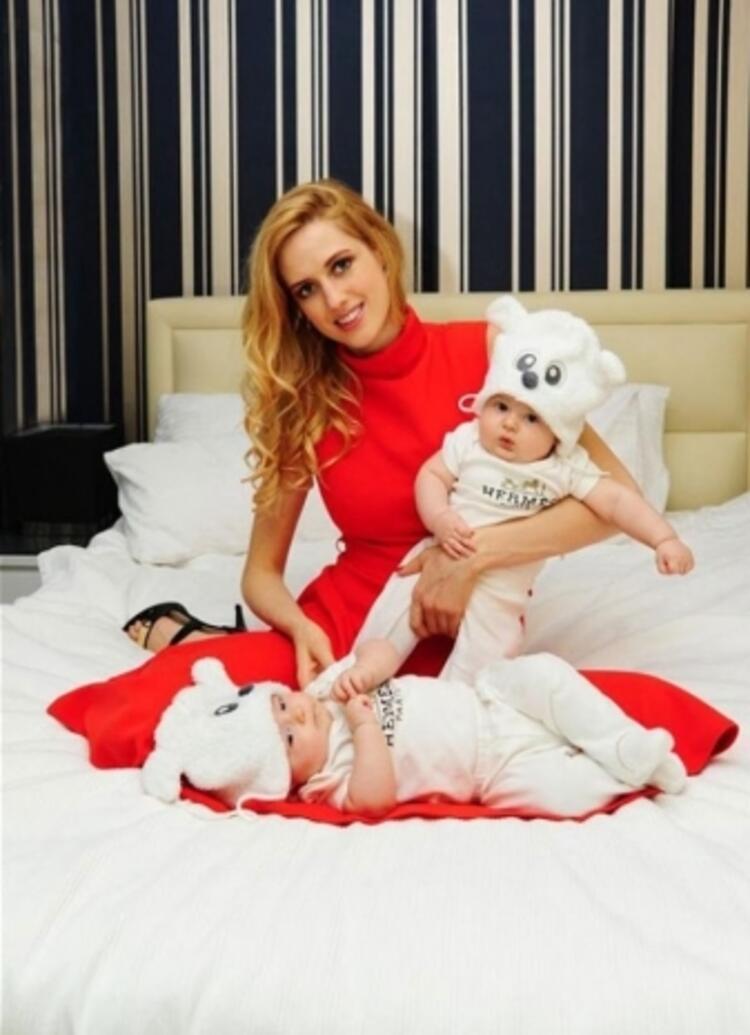 Wilma Elles'in ikiz bebeklerinden oğlu Milat Aristo Kerem, kızı Melodi Bita Oleka