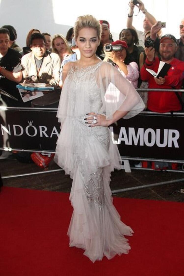 İngiliz şarkıcı Rita Ora