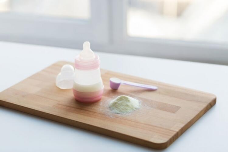 Kilo alımı yetersiz bebeklerde ek gıda daha erken başlanmalıdır