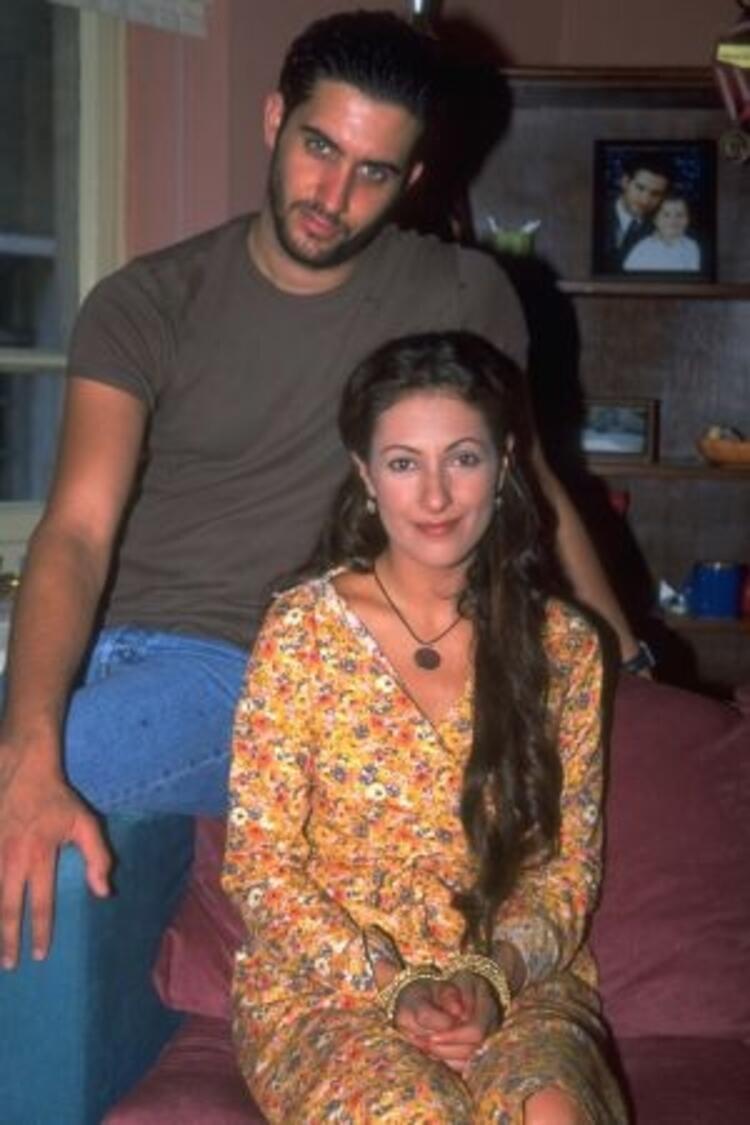Yılan Hikayesi - 1999