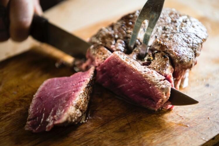 Kırmızı et tüketimini sınırlandırın