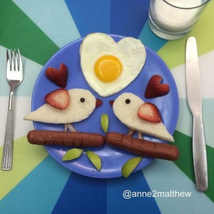 Yumurta ile hazırlanan yaratıcı kahvaltı tabakları