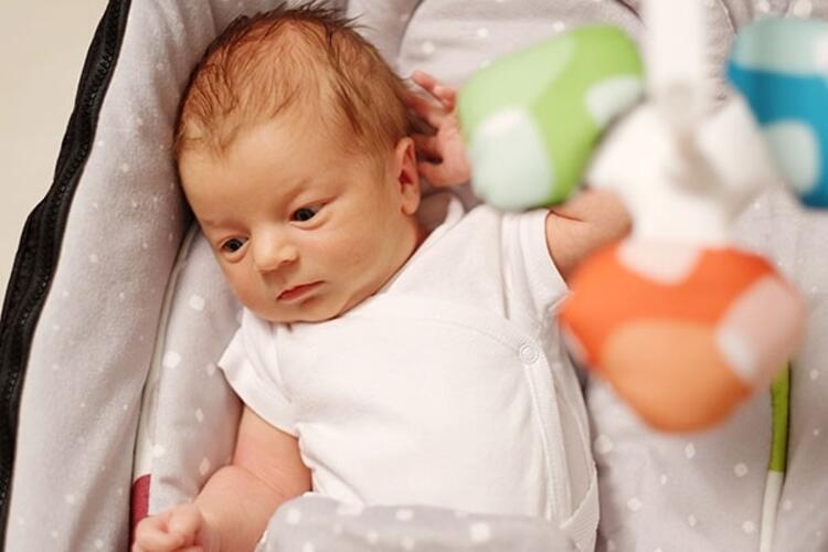 Bebeğin saçı ve vücudundaki tüyler