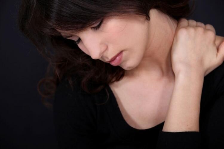 Isı boyun ağrısının geçmesine yardımcı olur