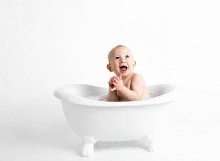 8. Genital bölge temizliğini doğru yapın ve çocuğunuza öğretin