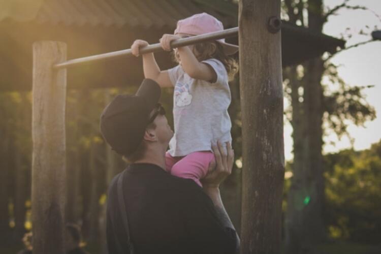 10. Çocuğunuzun düzenli egzersiz yapmasını sağlayın