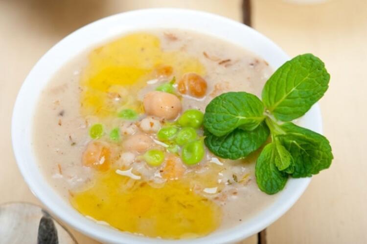 5 dakikalık soğuk çorba tarifi