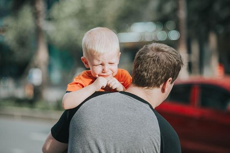 Çocuğunuzu isteklerini konuşarak anlatması için cesaretlendirin