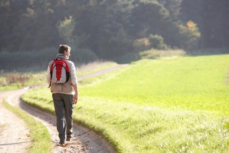 Her gün en az 45 dakika tempolu yürüyün