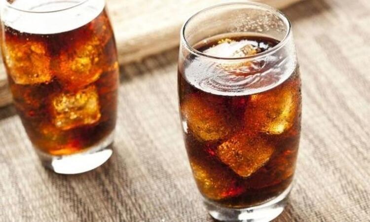 Gazlı içecekler şişkinliği azaltmaz