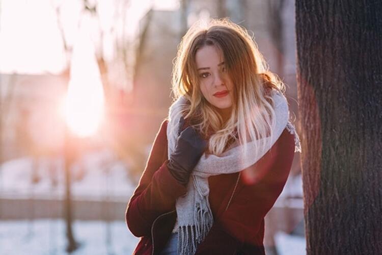 """""""Kış güneşi yakmaz"""" diyerek korunmamak"""