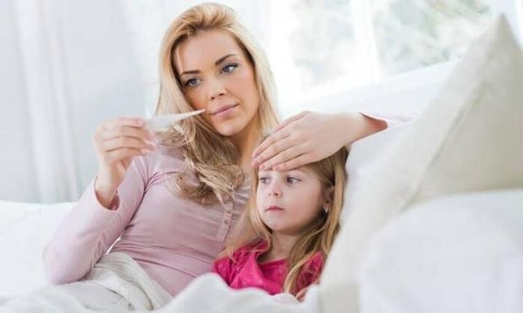 Çocuğun yaşı ne kadar küçükse belirtiler o kadar ağır seyrediyor