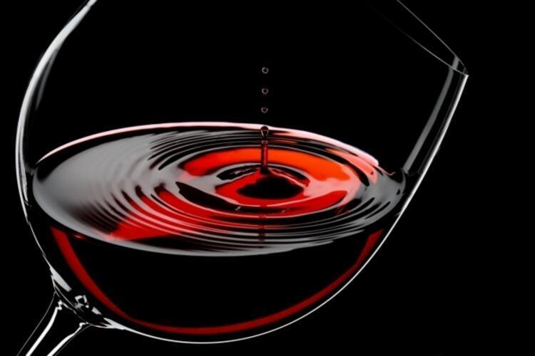 Cannonau şarabı