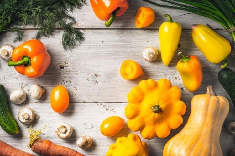 Göz sağlığınız için sebze ve meyve tüketin
