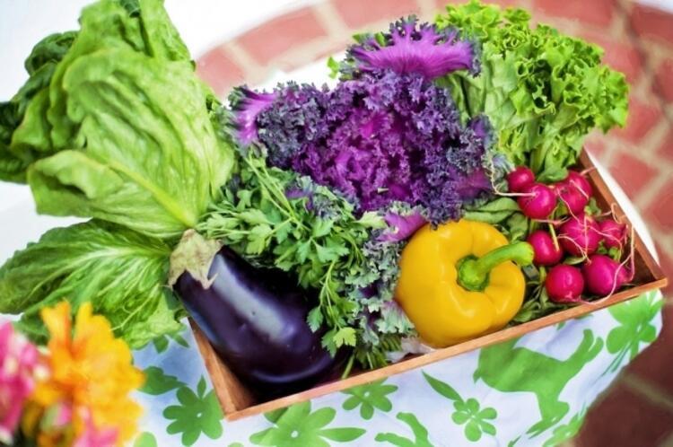 Atıştırmalıkların en güzeli: Çiğ sebze