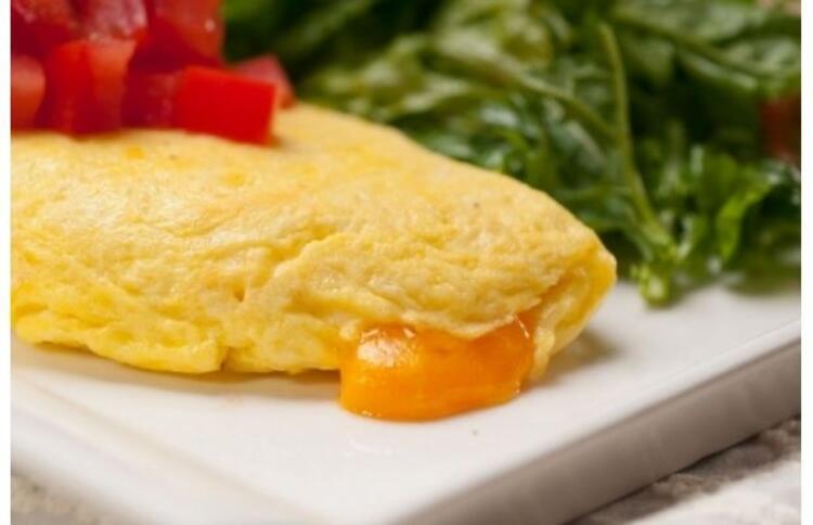 Böyle kabaran omlet yapmanın püf noktaları