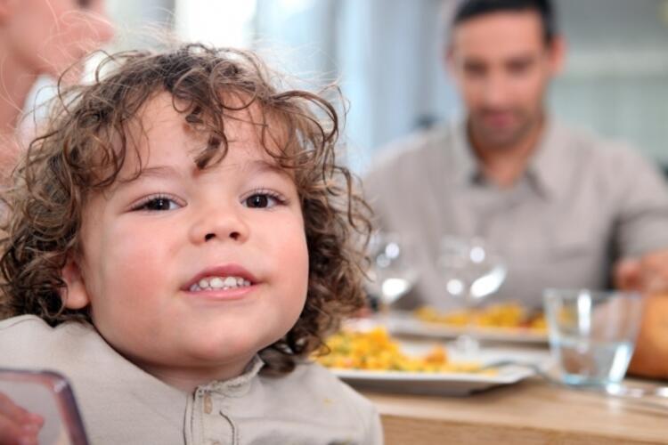 HATA 5: Çocuğu kilo alıyor diye hemen diyete başlamak