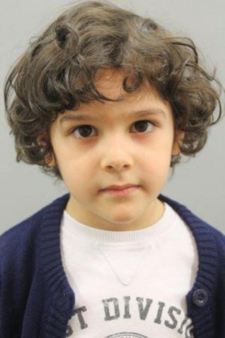 Poyraz Bayramoğlu (9 yaşında) - Asla Vazgeçmem